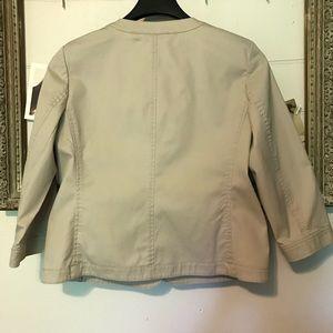 Talbots Jackets & Coats - Talbots khaki blazer 3/4 length sleeve size 8